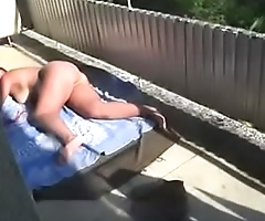 Caught white bitch nude in her yard