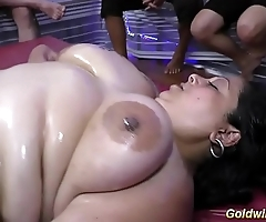 fat babe gets slippery dildo fucked
