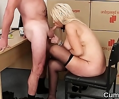 Frisky beauty gets cum load on her face eating all the ejaculate