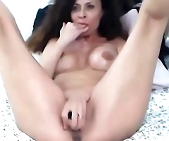 Mature sexbomb Evolet can'_t wait to teach you about sex