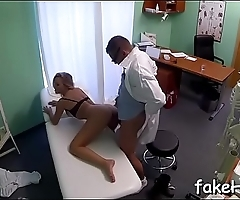 Agile dude pleases a lewd doctor